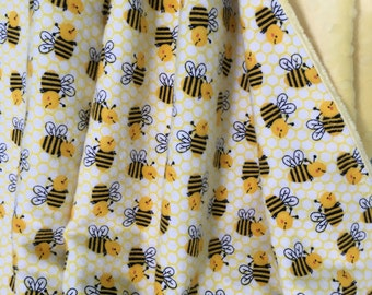 Flannel Baby Blanket ~ Flannel and Minky Baby Blanket ~ Toddler Blanket ~ Daycare Blanket ~ Bumblebee Baby Blanket