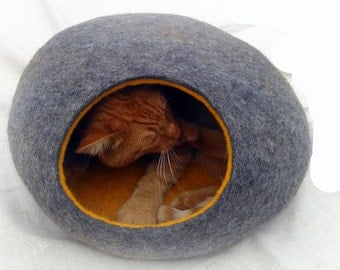 Cat bed/cat cave/cat house/Gray with yellow  felted cat cave/ any colors (With GIFT cat toy).