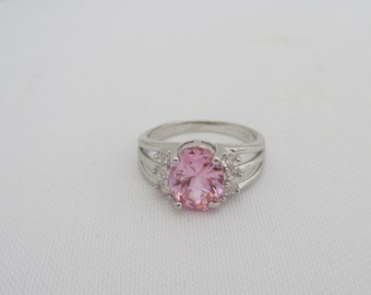 Vintage Jewelry Pink & White Topaz Solitaire Ring Size 8