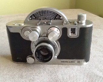 Antique Vintage Mercury II Model CX 35MM Camera Made By Universal Camera Corporation In New York From 1945