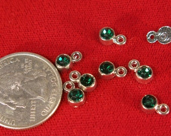 "BULK! 50pc 5mm ""green emerald"" color charms in antique silver style (BC1116B)"