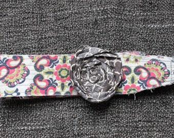 Pink/gray/lime paisley headband w/ gray quatrefoil flower
