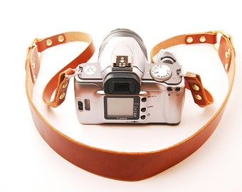 The Camera Sling. QTan Bridle Leather Camera Strap