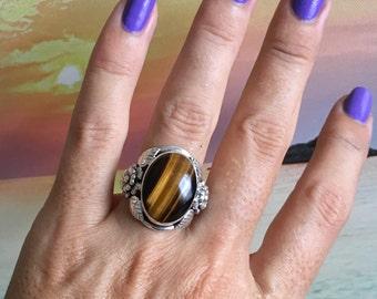 Stunning Tiger Eye Ring, Beautiful Flower Design Size 8. set in 925 sterling silver