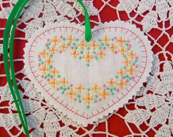 Christmas ~ Valentine ~ Wreath Linen Heart Ornament ~ Decoration Machine Embroidered Peach ~ Coral ~ Yellow & Green Floral