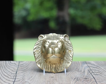 Large Vintage Brass Lion Wall Plate / Brass Lion Head Plate / Brass Lion Wall Hanging / Leo Gift / Leo the Lion / King of the Jungle