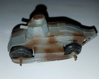 Vintage Tootsie Toy Renault FT-17 light tank toy by Tootsie Toy, 1950's die cast toy as found.