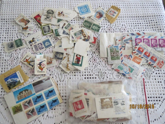 0: )- STAMPS-( Very Large Stamp Collection
