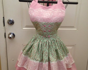 Apron. Lace Apron, Pink, green and lace apron