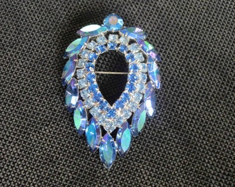DELIZZA & ELSTER for Sarah Coventry Blue Lagoon Brooch - Juliana Book Piece