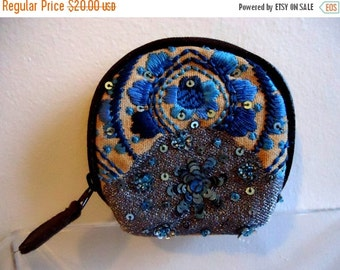 ON SALE Really Cute Must See Sequin Coin Purse