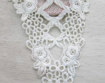 1pcs-Off White Cotton Applique/NA50-Venice Applique/Delicate Applique