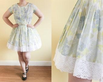 S UK 10-12   Vintage 50s Floral Swing Dress   50s Day Dress   Lace Tea Dress   Wedding Guest Rockabilly Dress   Mini Dress   Kawaii Dress