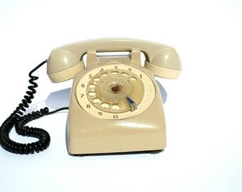 Cream Rotary Phone, Retro Phone, Old Telephone, Antique Phone, Landline Phone, Bakelite Telephone, Office Decor, Telephone, Bakelite Phone