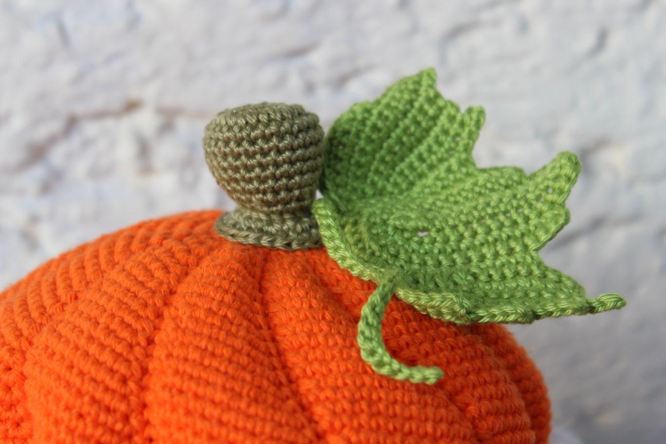 Free Crochet Baby Acorn Hat Pattern : Pumpkin Baby Hat Crochet Pattern