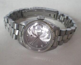 Vintage Tissot Stainless Steel and Diamond Ladies Petite Wrist Watch
