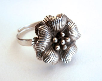 SALE ITEMS: Silver Flower Ring - Adjustable Ring - Vintage Sterling Silver Ring