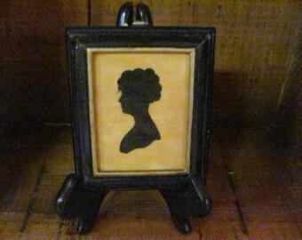 1800s Maiden Silhouette