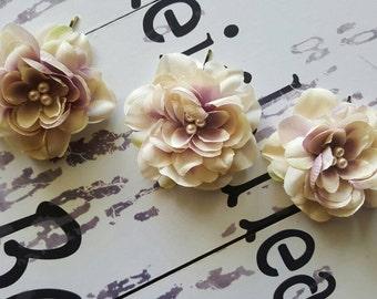 Ivory hair flower, rustic bridal clip, vintage hair, set of 3
