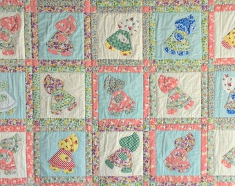 Sunbonnet Sue Scrappy Quilt, Traditional Applique Quilt in Sunbonnet Sue pattern, Full Size Bedding, Comfortable Couch Throw, Twin Quilt