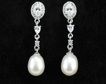 Bridal pearl earings,silver and crystal pearl drop earings,wedding pearl earrings,bridal earings pearl,pearl dangling earings for bridesmaid