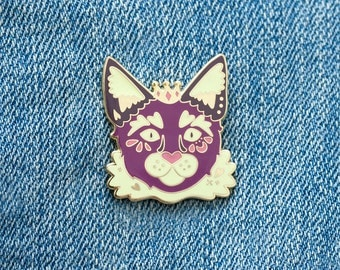 Purple Kitty Cat Prince Enamel Pin with Butterfly Clasp // Hard Enamel, Cloisonne, Accesories, Flair
