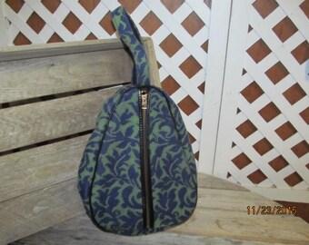 Vintage 1960's Celebrity New York USA Blue Green Print tote bowler shoe bag purse