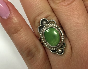 Vintage Ladies Chalcedony Sterling silver Ring- size 5