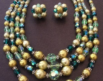 1950's Green Necklace and Earring Set