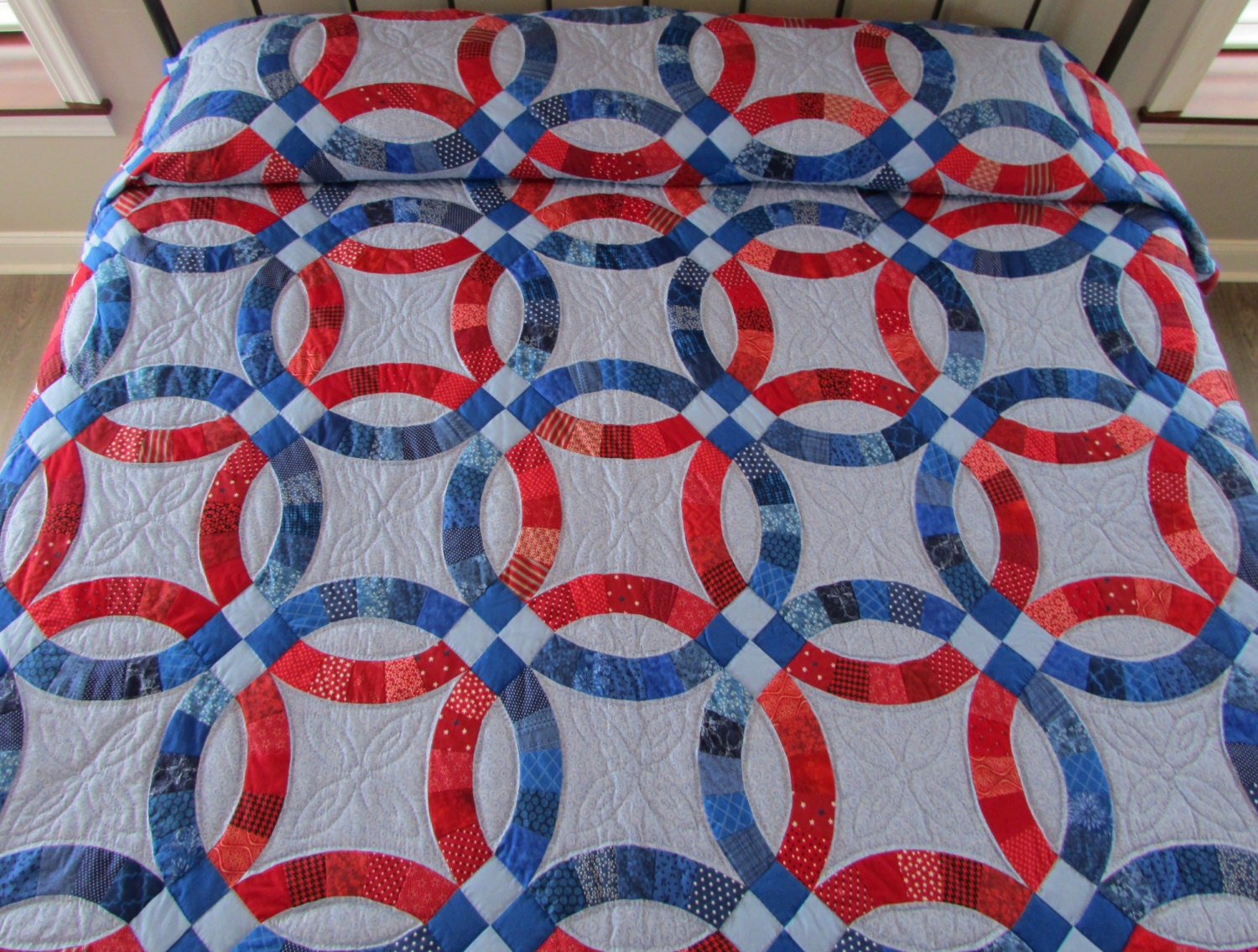 double wedding ring quilt hand made quilt king size quilt red and blue - Wedding Ring Quilt