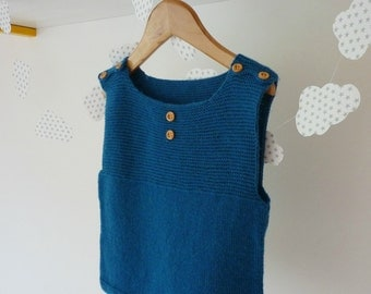Hand knitted baby vest / Merino wool vest / hand knitted baby clothing / hand knit baby top