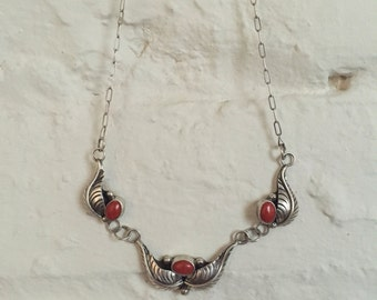 Vintage Native American Sterling Silver Coral Necklace
