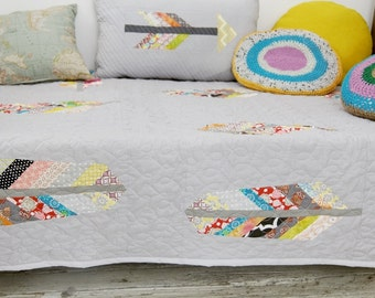TextilManufacture/Quilt Feathers/Bohostyle Quilt/Colorful Bedspread/Handmade Quilt/
