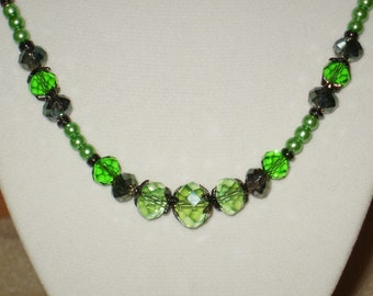 Sparkling Green Meadow Necklace