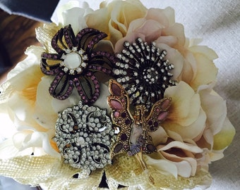 4-5 brooch Bouquet