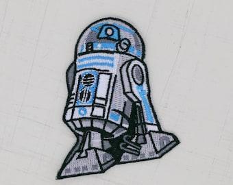 6 x 7cm, Star Wars Robot R2D2 Iron On Patch (P-379)