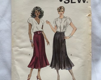 1980's Kwik Sew pattern 1450 Misses size 6-12 Gore Skirt, Uncut