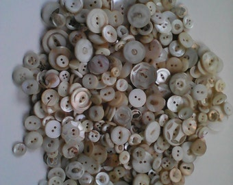 Vintage mother of pearl buttons 8+ oz