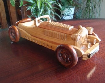 Wood 1931 Mercedes SSKL Auto Automobile 4 Wheels Turn Collectible Wood Car L1235