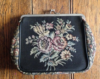 1950s La Marquise tapestry purse