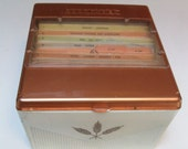 Vintage 1958 Cook Index Hinged Plastic Recipe Box Cookindex Sheaf of Wheat Motif Cooking Lbrary Packed Recipies Original Cards 7x7x4 Inches