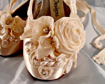 "Ivory Ballet Wedding Slippers, Bridal Slippers With Roses, Bride""s Wedding Shoes, Ivory Wedding Flats Ballet Flats"
