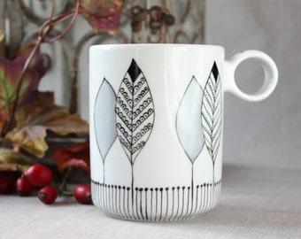 Personalized gift mug, hand painted mug, name Coffee Mug, Personalized mug, Gift mug for everyone