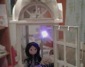 Gorjuss lantern