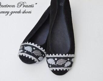 Black flat shoes / Artistic shoes / Suede ballet flats / Womens shoes / black flat shoes / ballet shoes / black suede shoes.
