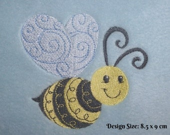 Personalised Cotton Bath Towel - Bumble Bee (286) Design