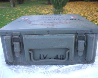 Vintage French Red Cross Military Field Medic Box