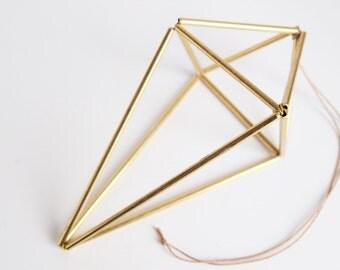 Himmeli Goutte Dorée. Ornament scandinave géométrique. Idée cadeau.