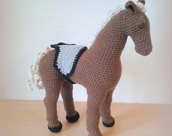 Crochet Horse Como