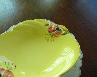 Royal Winton Grimwades ... Tiger Lily Serving Dish ... Yellow Tiger Lily ... Beautiful Fresh Colours ... Collectible China